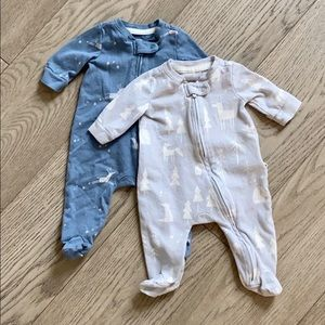 Gap Organic Cotton zip-up sleepers Newborn size